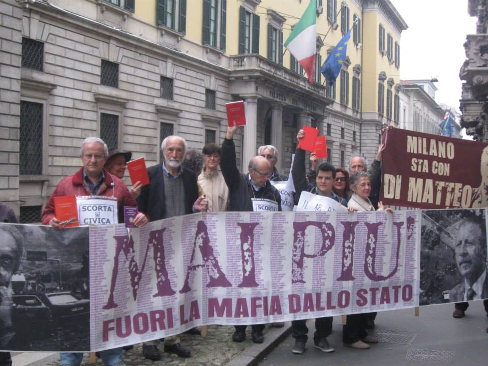 Siamo tutti Di Matteo: un'Italia che si schiera