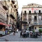 Palermo: la Kalsa, via d'Amelio e la bambina scalza.