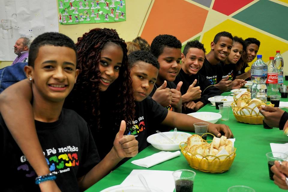 Pé No Chão – Educazione di strada e favelas
