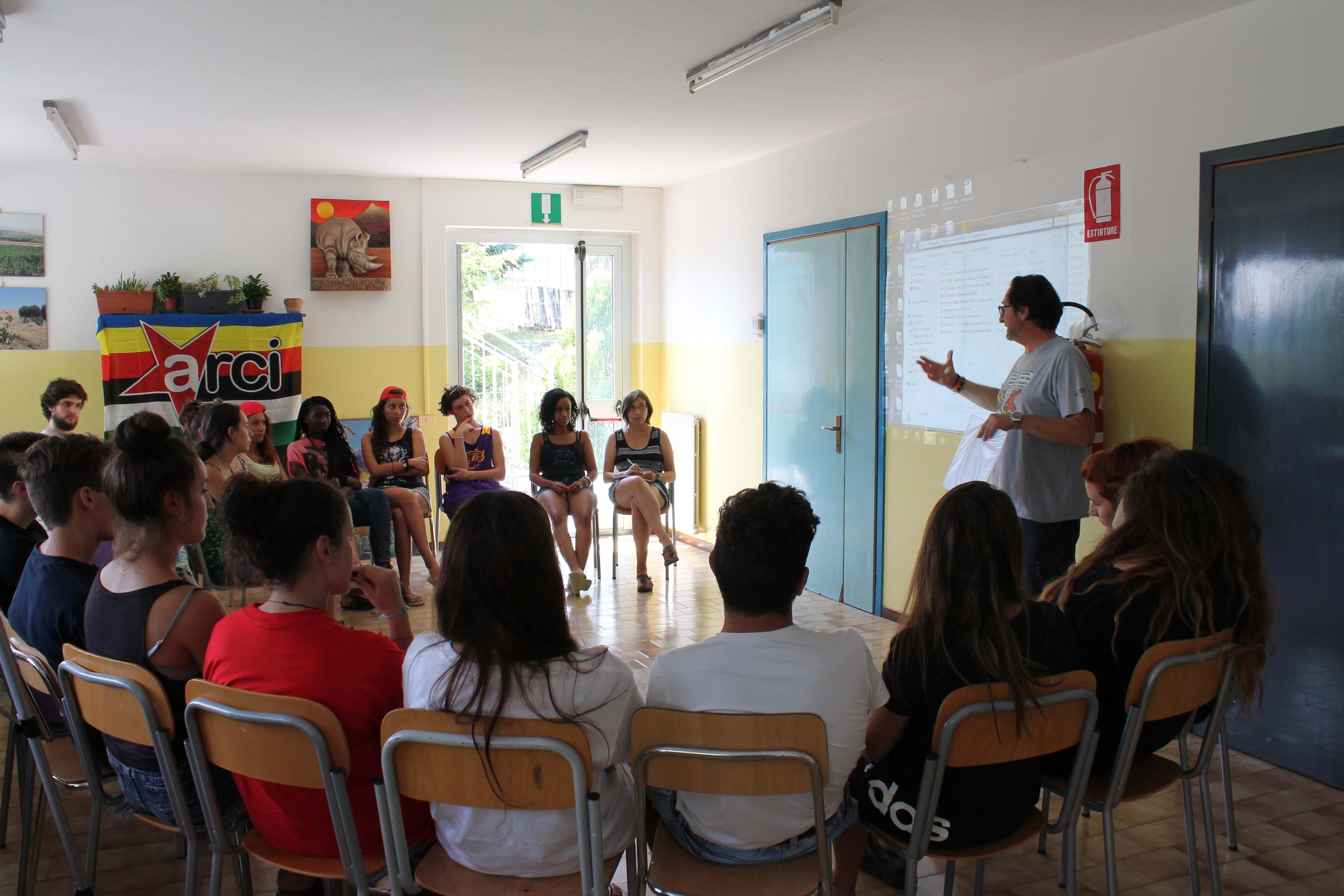 """Lecco #2: teatro e ricordo della """"Primavera siciliana"""""""